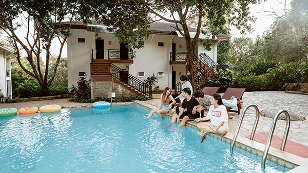 garden_pool_deluxe