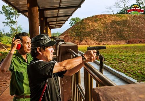 Shooting Real Gun - Nguyen Van Tam (4)